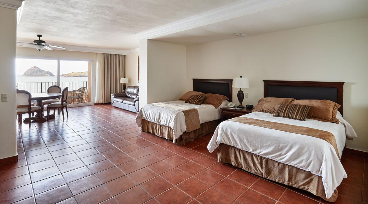 Habitación Junior Suite con vista al mar de Hotel Playa Mazatlán