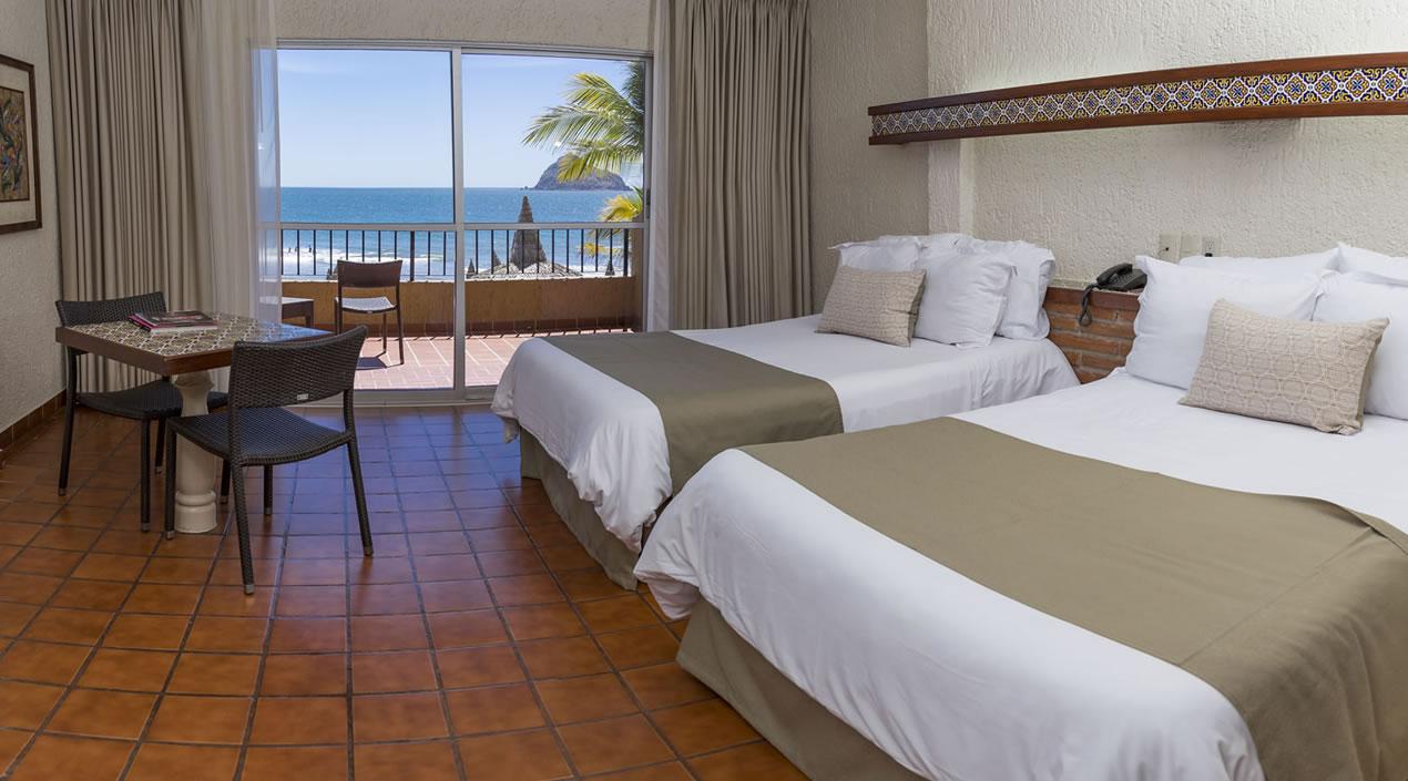 Habitación Vista al Mar con cama king o dobles Hotel Playa Mazatlán