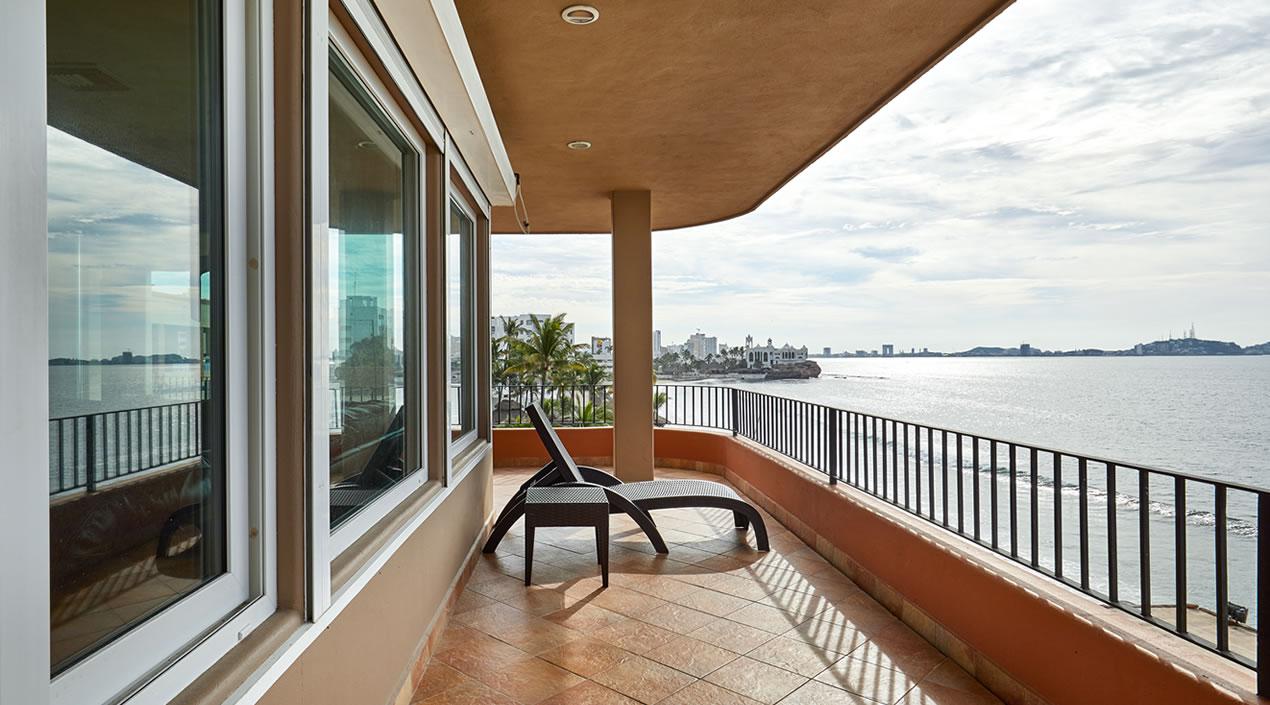 Vista lateral Penthouse Pacífica de Hotel Playa Mazatlán