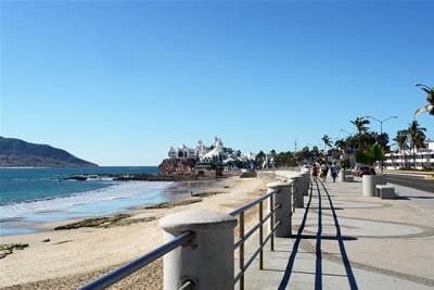 mazatlan_boardwalk