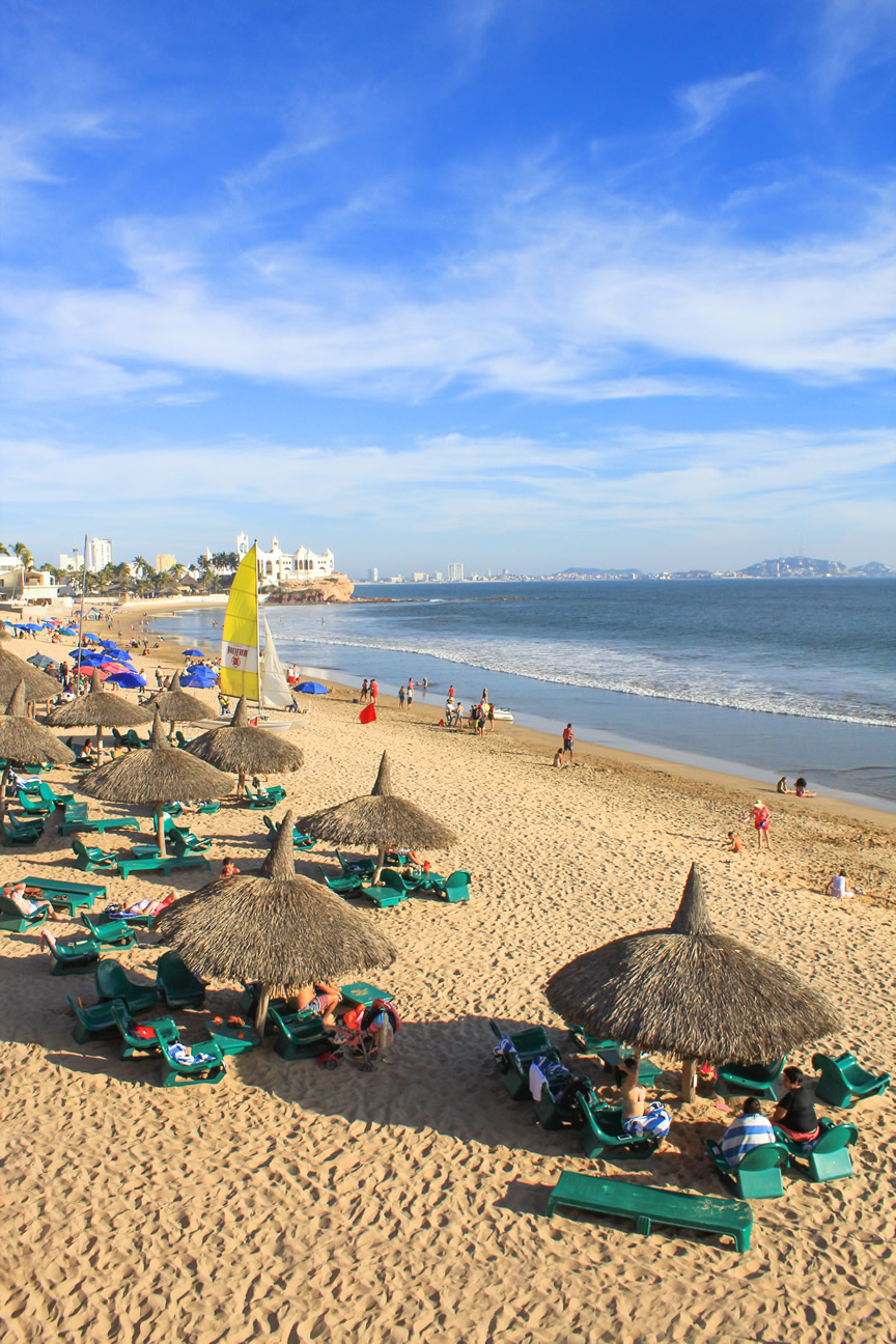 February 2017 hotel playa mazatlan for Best beach vacations in us for couples
