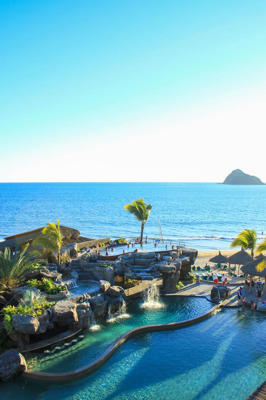 Hotel Pools Playa Mazatlan