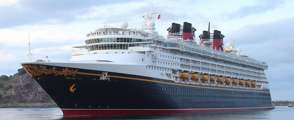 The Disney Wonder Arrives in Mazatlan
