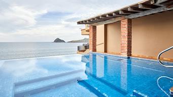 Alberca Infinitum Penthouse Pacífica Hotel Playa Mazatlán