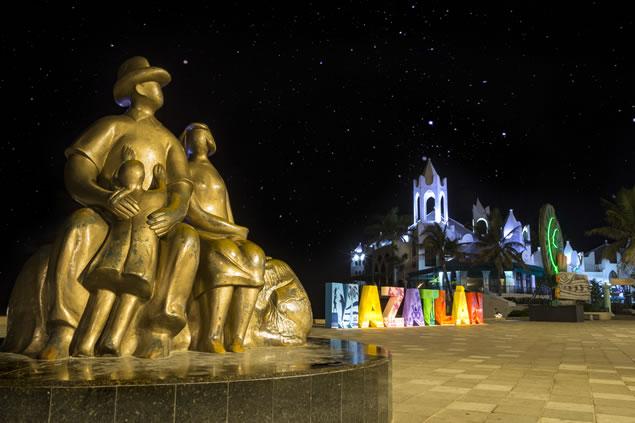 Monumento a la Familia de Mazatlán